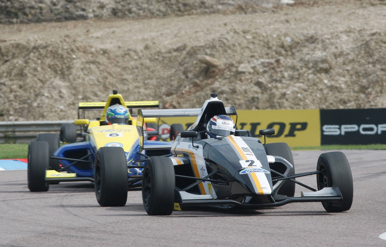Formula Ford   Paddock 42