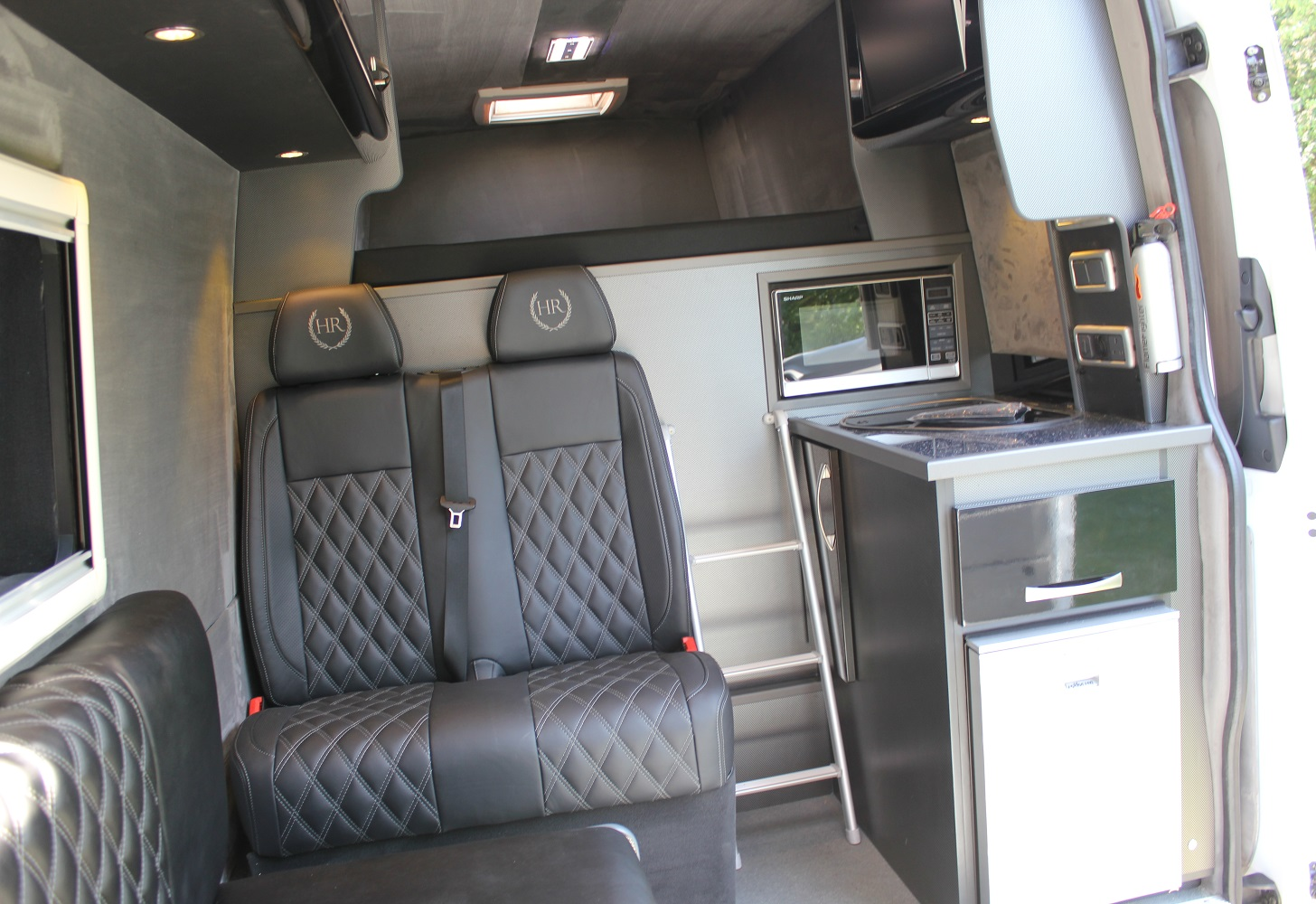 Mercedes Sprinter Van >> Mercedes Sprinter 314 Alpine Sportshome, Awning, Alloys & Garage! | Paddock 42