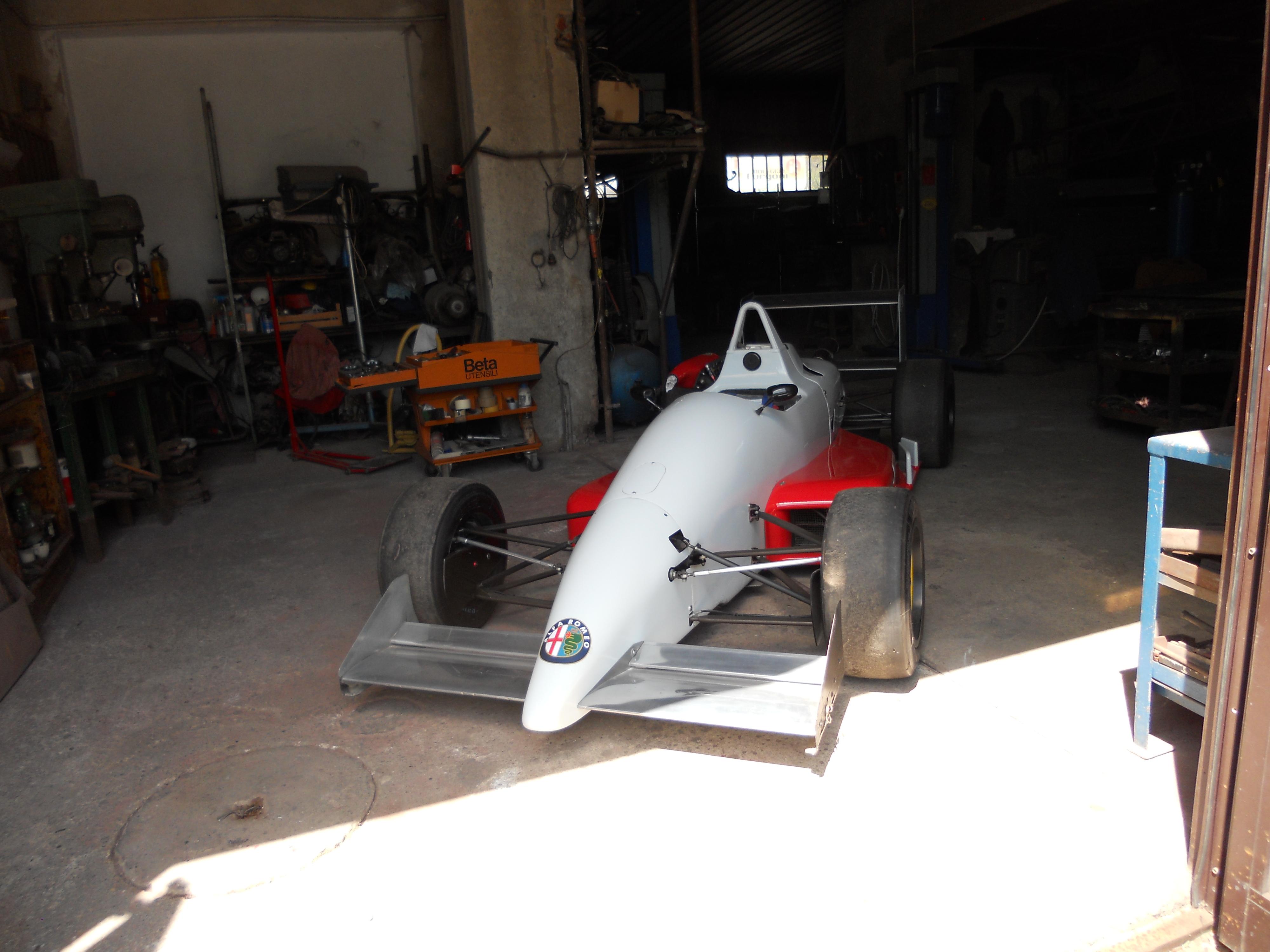 Reynard 903 F3 Paddock 42